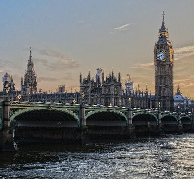Book your cheap flights to Britain at FlyForLess.ca