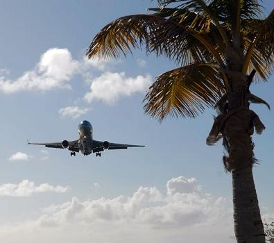 Book your cheap flights to Florida at FlyForLess.ca