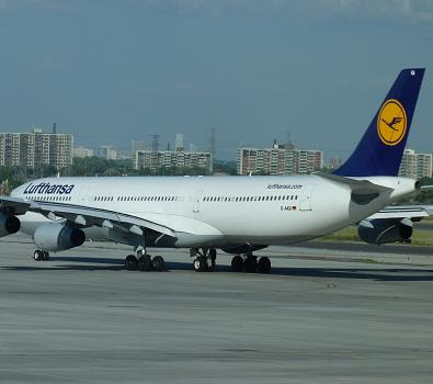 Book your cheap Lufthansa flights at FlyForLess.ca